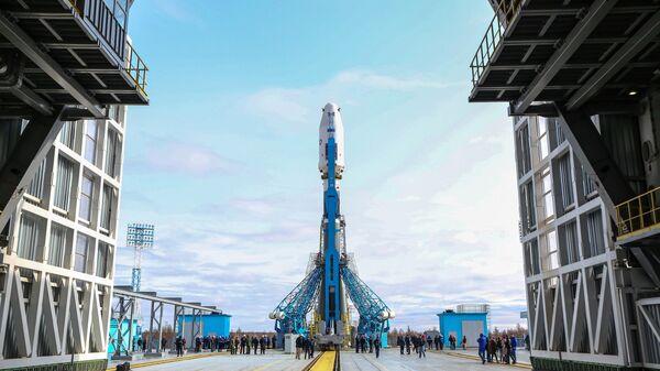 Ракета-носитель Союз-2.1 на космодроме Восточный. Архивное фото