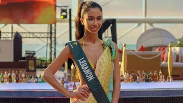 Участница конкурса Мисс Земля из Ливана Сальва Акар