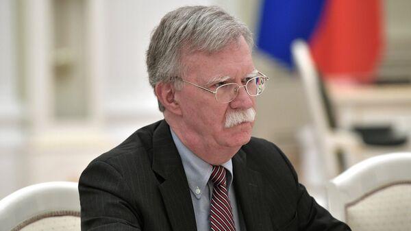 Советник президента США по вопросам национальной безопасности Джон Болтон во время визита в Москву. Архивное фото