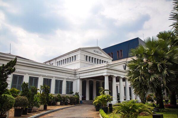 Национальный музей Индонезии - археологический, исторический, этнологический и географический музей