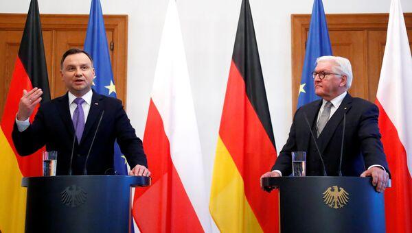 Президент Польши Анджей Дуда и президент ФРГ Франк-Вальтер Штайнмайер во время совместной пресс-конференции в Берлине. 23 октября 2018