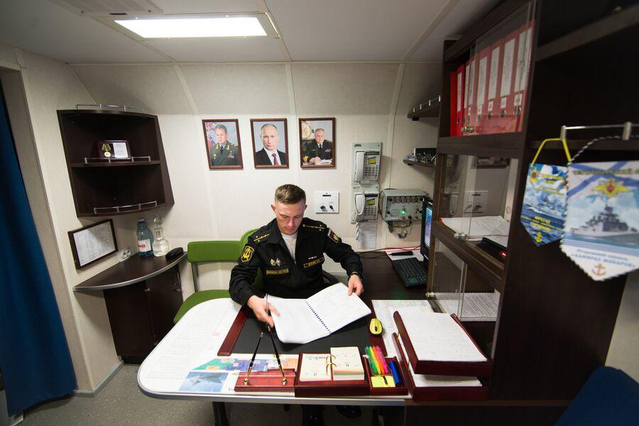 Офицерская каюта на фрегате Адмирал Макаров