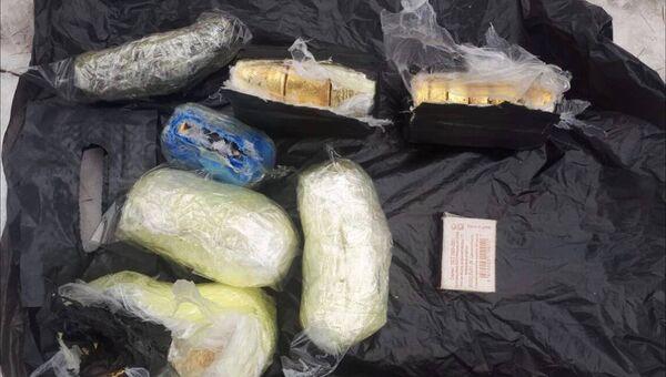 В Нерюнгринском районе задержан турист с 13 кг золота в рюкзаке