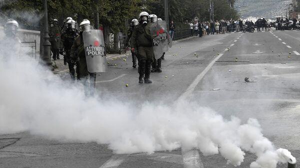 Полиция применила слезоточивый газ на демонстрации учащихся в Греции. 29 октября 2018