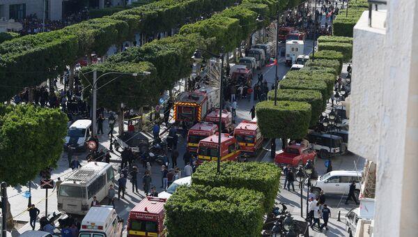 Спецслужбы на месте теракта в Тунисе