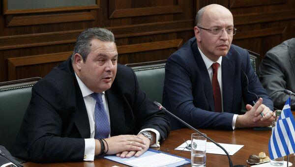 Министр обороны Греции Панос Камменос на встрече с министром обороны России генералом армии Сергеем Шойгу в Москве. 29 октября 2018