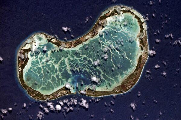 Табуаэран — атолл в северной части архипелага Лайн