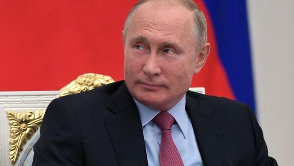 Президент России Владимир Путин на торжественном мероприятии, посвящённом 25-летию избирательной системы России. 30 октября 2018