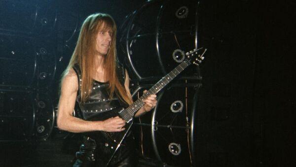 Гитарист хеви-метал группы Manowar Карл Логан. Архивное фото