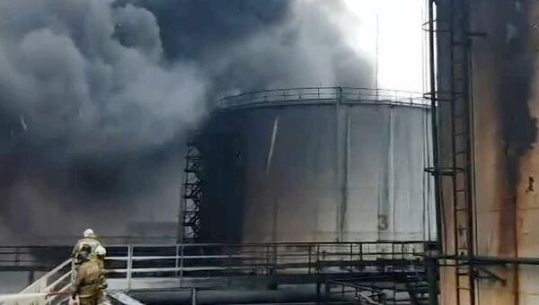 Пожар на нефтеперерабатывающей станции в Ханты-Мансийском автономном округе. 31 октября 2018
