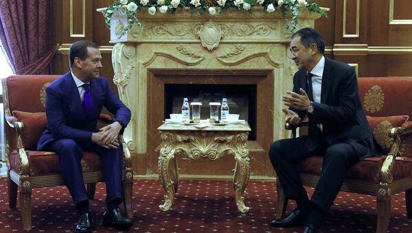 Председатель правительства РФ Дмитрий Медведев и премьер-министр Казахстана Бакытжан Сагинтаев во время встречи. 1 ноября 2018