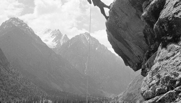 Альпинисты в горах Тянь-Шаня