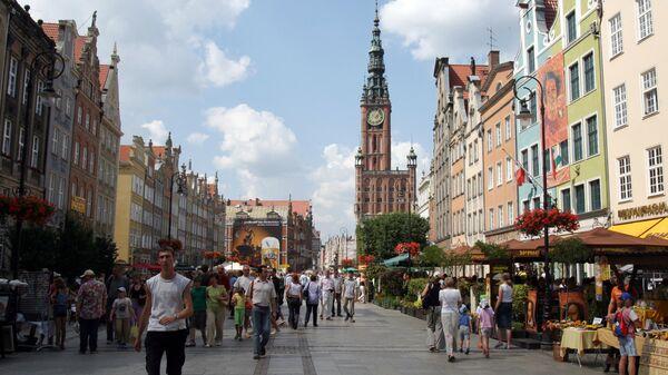Городская ратуша на улице Длугой Тарг (Длиный рынок). Гданьск, Польша