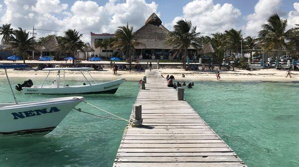 Пляж Пуэрто-Морелос, Мексика