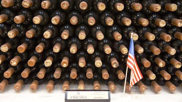 Коллекция вина американского политика Джона Керри в винном подвале Крикова