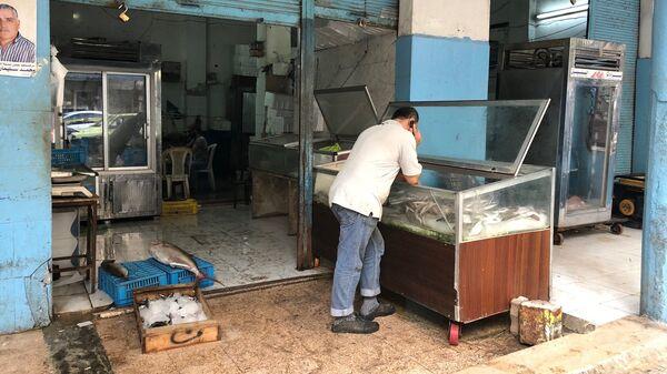 Магазин со свежей рыбой в Латакии, Сирия