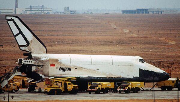Орбитальный корабль Буран. Архивное фото