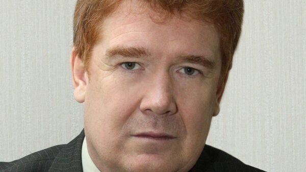 Владимир Елистратов