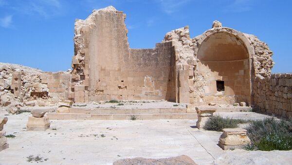 Руины византийской церкви в национальном парке Шивта в пустыне Негев. Архивное фото