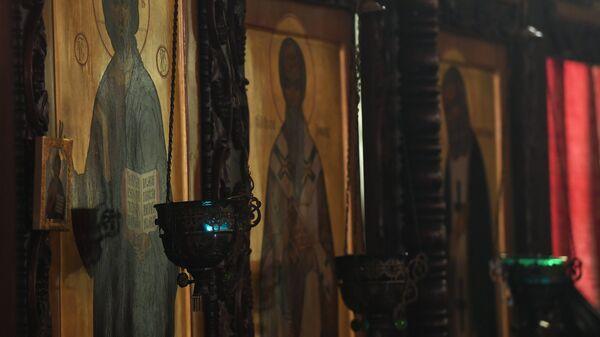 На торжественной литургии в храме