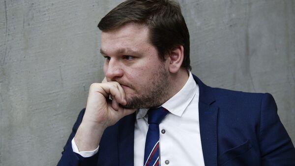Руководитель проектов Нужна Помощь.ру и Такие дела Митя Алешковский