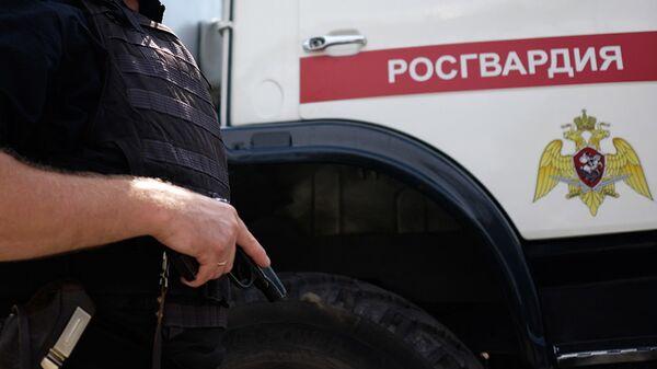 В Челябинске задержали сотрудников Росгвардии с крупной партией наркотиков