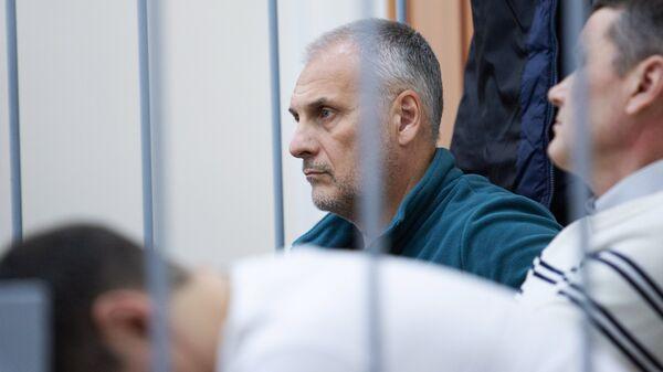 Бывший губернатор Сахалинской области Александр Хорошавин в зале Сахалинского областного суда во время рассмотрения апелляции. 22 ноября 2018