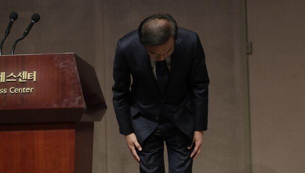 Глава компании Samsung Electronics Co. Ким Ки Нам приносит извинения жертвам онкологических заболеваний, связанных с производством полупроводников и дисплеев на ее предприятиях