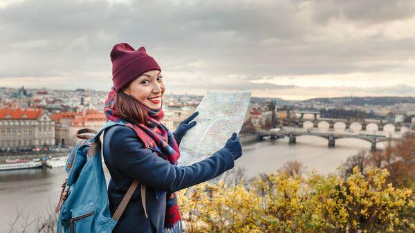 Женщина - путешественник