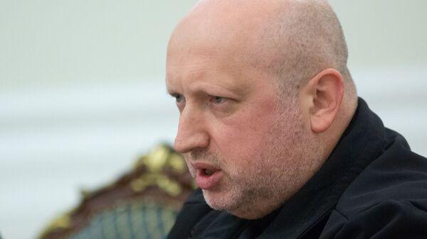 Секретарь СНБО Александр Турчинов на заседании Совета национальной безопасности и обороны Украины в Киеве