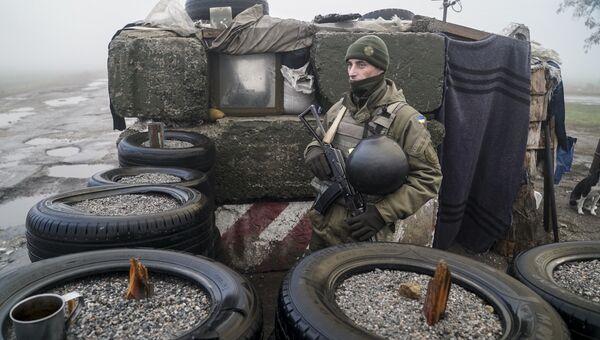 Солдат Нацгвардии Украины на КПП под Бердянском. 27 ноября 2018