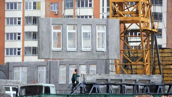 Строительство панельных домов. Архивное фото