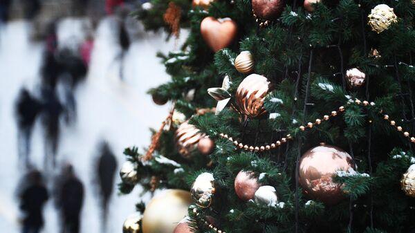 Новогодние украшения в Москве