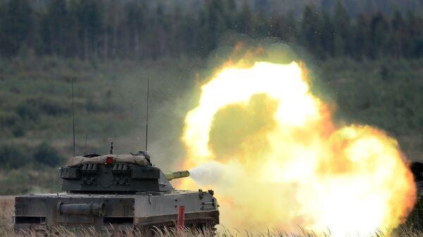 Стрельба из авиадесантной самоходной противотанковой пушки Спрут-СДМ1