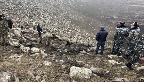 Место падения самолета Су-25 в Армении