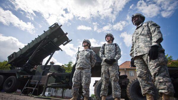 Батарея американских ракет ПВО Пэтриот в районе польского города Моронг