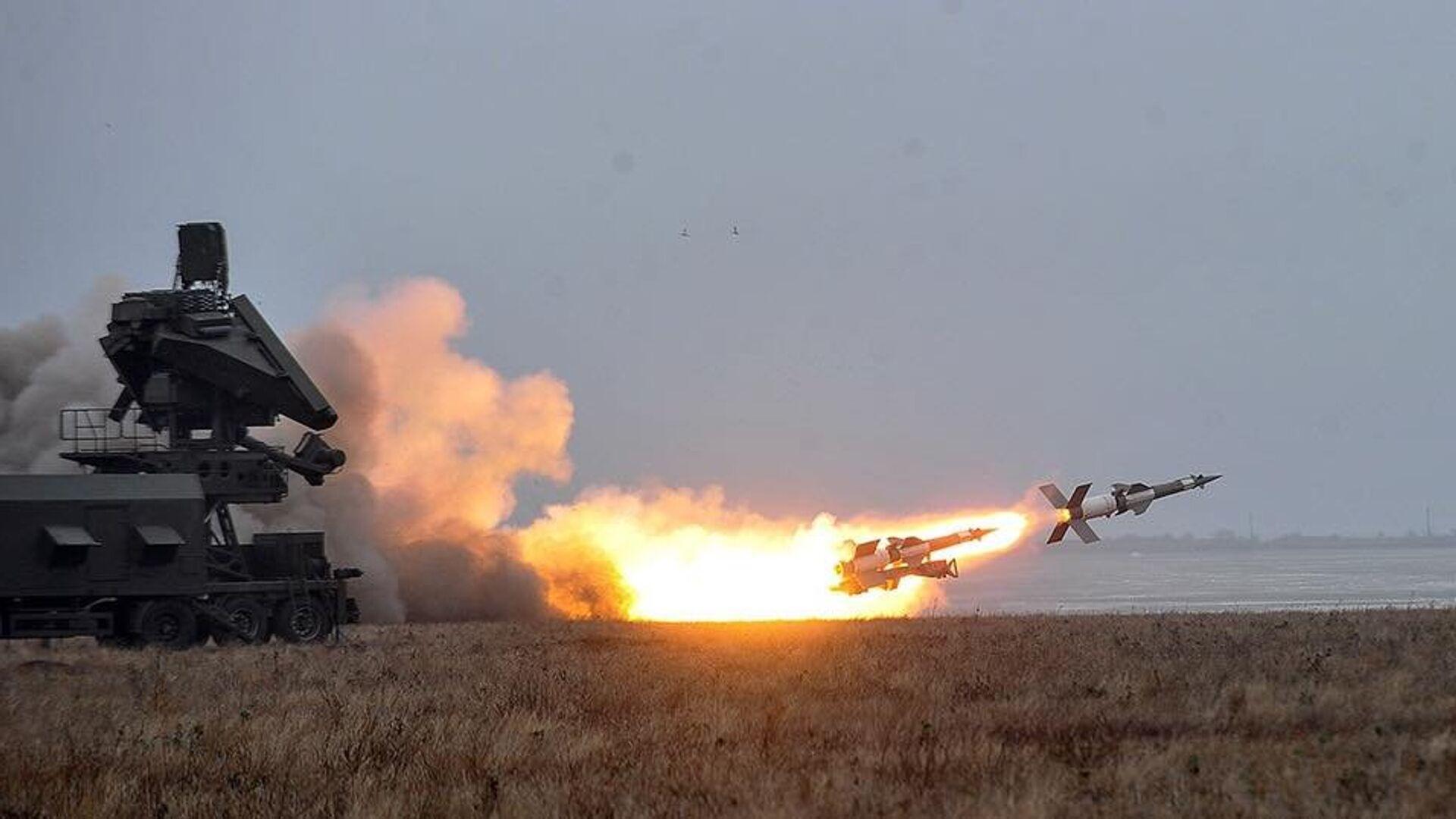 Испытание ракетного комплекса С-125 на полигоне в Одесской области - РИА Новости, 1920, 13.05.2021