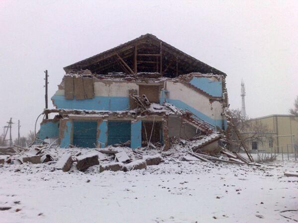 Здание обрушившейся средней школы в селе Беляевка
