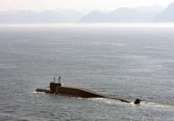 Атомная подводная лодка принимает участие в учениях