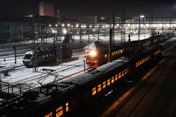 Поезда на железнодорожной станции Новосибирск-Главный в Новосибирске