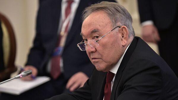 Назарбаев поддержал госсекретаря СБ Белоруссии в борьбе за пост главы ОДКБ