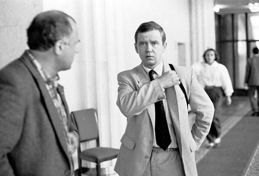 Советник президента России Бориса Ельцина Сергей Станкевич сразу после Августовского путча – 22 августа 1991 года