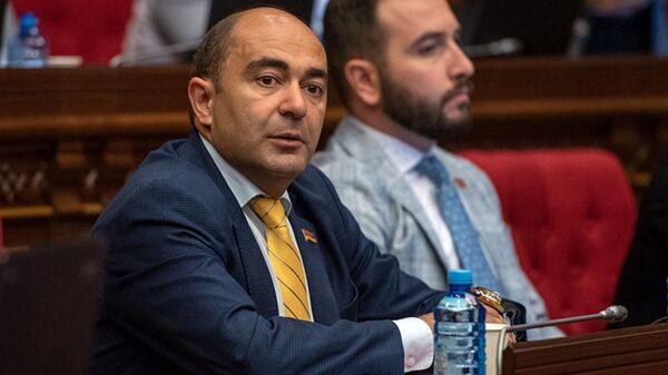 Глава партии Светлая Армения Эдмон Марукян