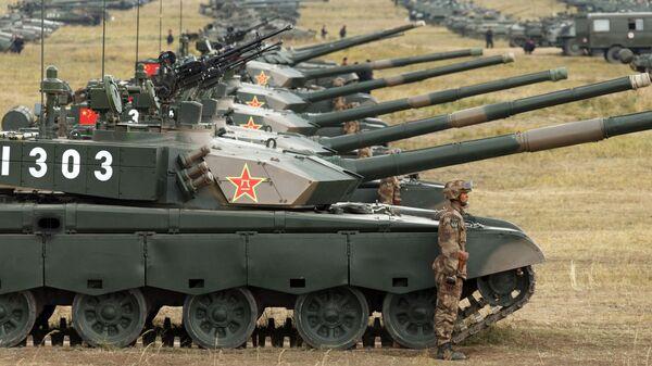 Боевые танки Type 99 Народно-освободительной армии Китая. Архивное фото