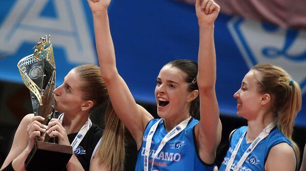 Дарья Талышева, Яна Щербань, Наталья Ходунова (слева направо)