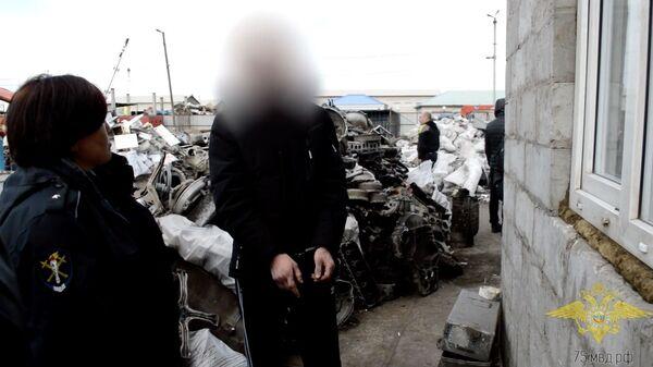 Расследование уголовного дела в отношении банды, которая обвиняется в совершении порядка 20 краж, грабежей и разбойных нападений на офисы организаций в Чите и других районах края Забайкальско края