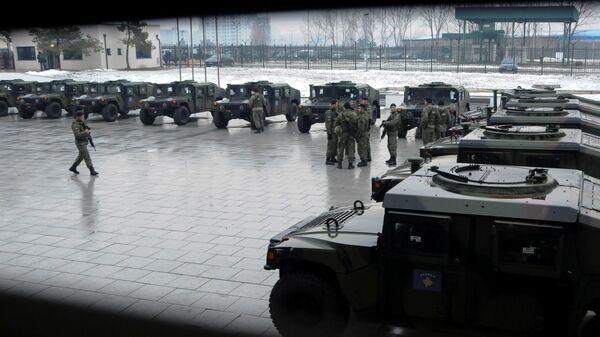 Военнослужащие сил безопасности Косово после церемонии формирования армии в Приштине