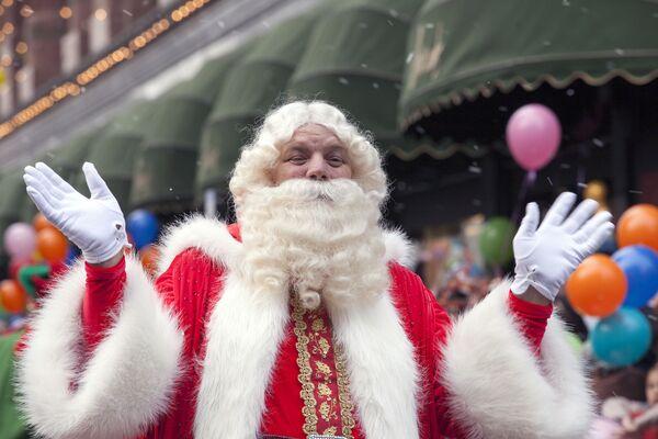 Батюшка Рождество (Father Christmas) из Англии