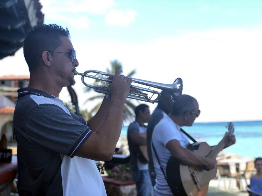 Музыканты, Куба