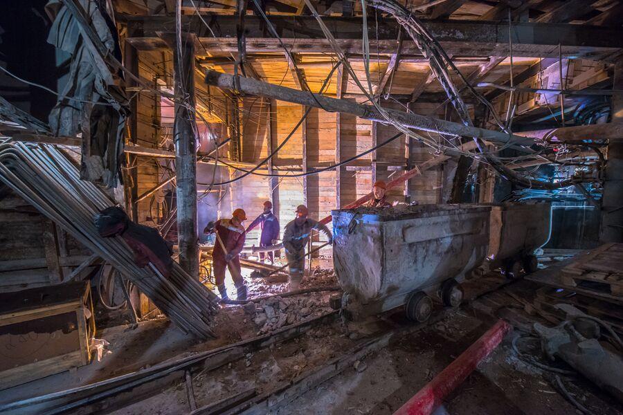 Строительство станции метро БКЛ Савёловская (проектное название - Нижняя Масловка)